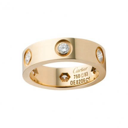 Cartier Love replica yellow gold ring B4025900 with six diamonds